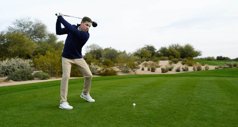 Justin Leonard teeing off with driver - with no back pain